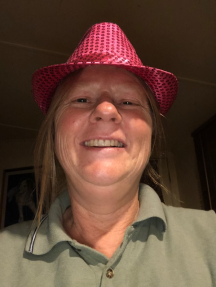 pink hat me